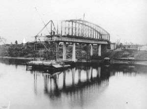 Construction of the second Indooroopilly Railway Bridge Brisbane May 1895