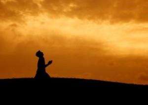 kneeling_in_prayer